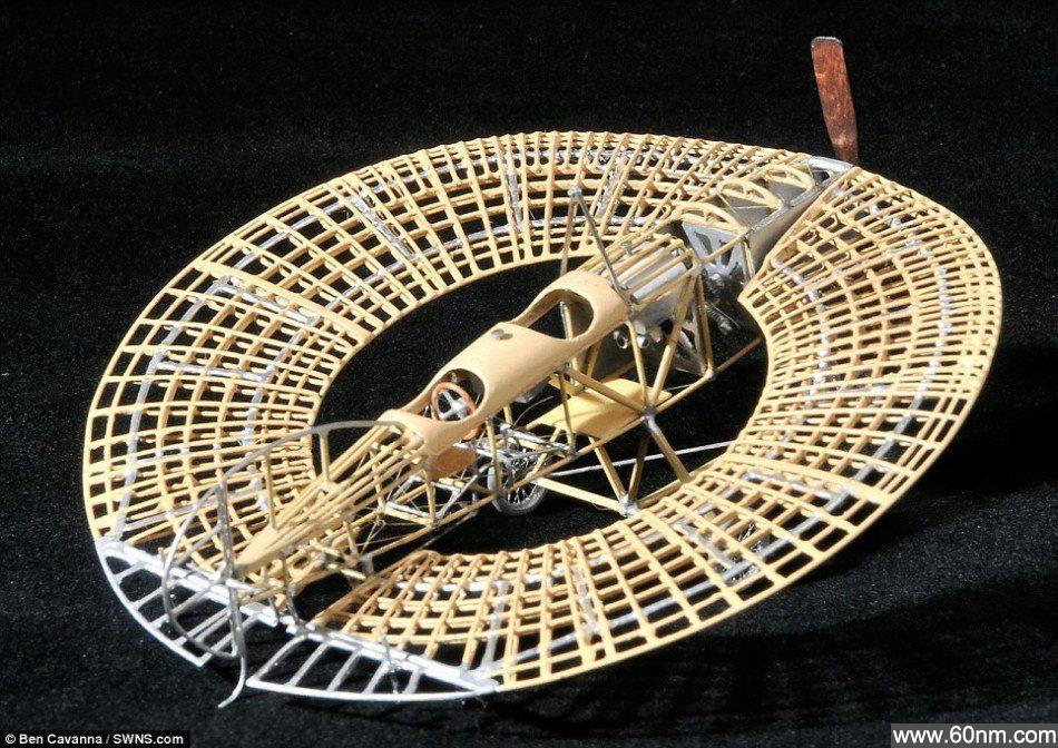英老人制350架珍贵飞机模型:局部精细如发丝_大千世界