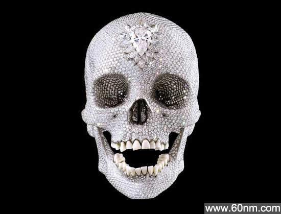 全球十大最昂贵奢侈品:钻石打造奔驰_大千世界