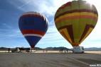 美男子千米高空热气球间挂扁带冒险行走_大千世界