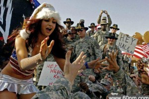 美国慰安真给力:大兵的妹子就没断过_大千世界