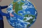 惊讶!用彩色火柴制作的地球模型_大千世界