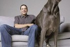 世界最高大的狗去世 身高可比肩姚明_大千世界