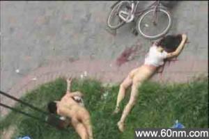 北京一对赤裸男女天台打野战坠楼死亡_大千世界