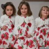 美国女子9个月内产下3名非三胞胎女儿_大千世界